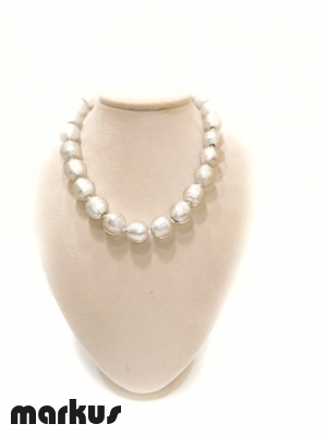 Glass necklace with round beads white  gold leaf