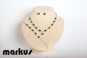 Crystal set emerald green color
