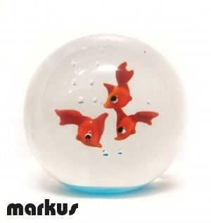 Glass ball with 3 red fishes big size