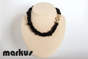 Dany 19 Glass necklace